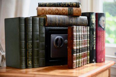 Bookcase safe e0456 2